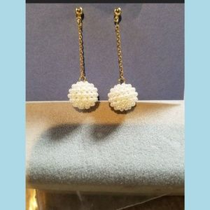 Cluster of Pearls Dangle on GoldTone Chain Earring